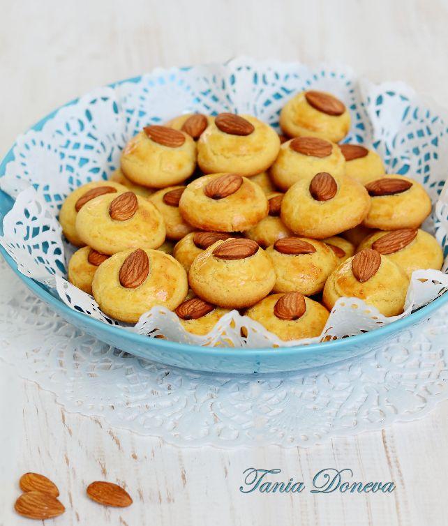 Бадемови маслени бисквити