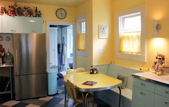 Fifties Design zum Wohnen und Leben - Hauptsache die Leidenschaft zum Sammeln nimmt in der Einrichtung nicht überhand