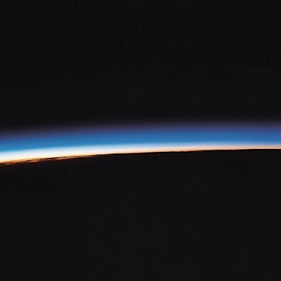 "MYSTERY JETS ""Curve of the Earth"""