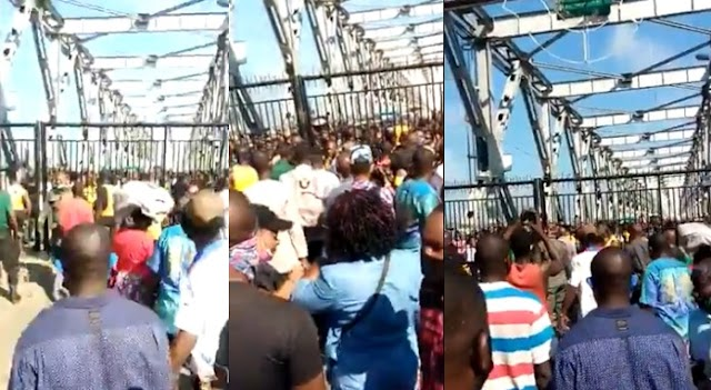 Many stranded at Anambra-Delta border as government mounts gate at Niger Bridge (Video)