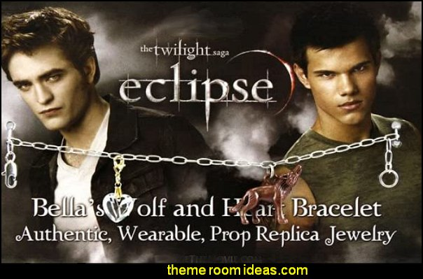 Bellas Wolf and Heart Bracelet twilight gift ideas edward cullen bedding bellas bedding in the movie