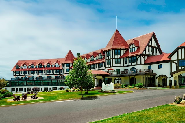 11 Best Marriott Bonvoy Category 5 Hotels & Resorts in Canada For Your Marriott Free Night 35k Certificate [2021]