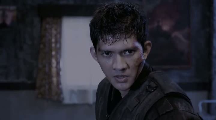 Screen Shot Of The Raid Redemption (2011) Dual Audio Movie 300MB small Size PC Movie
