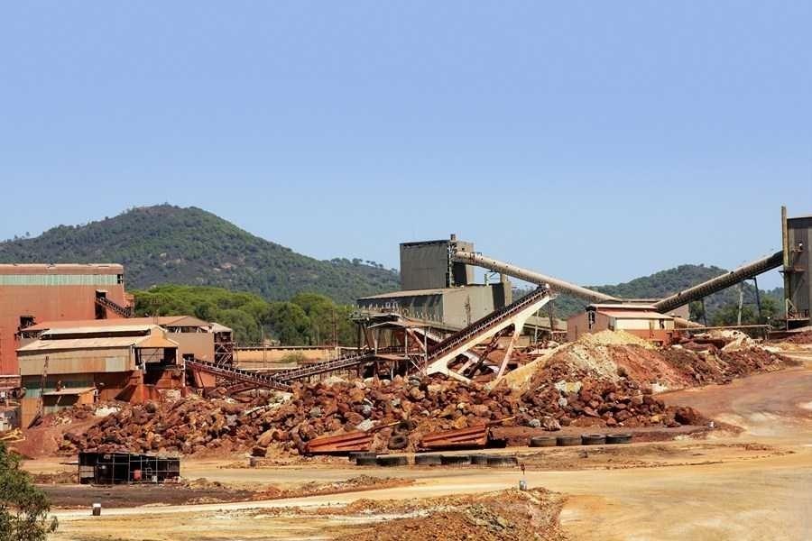 UBS prevê queda nos preços de minério de ferro e rebaixa Rio Tinto