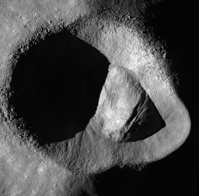 Rider Crater