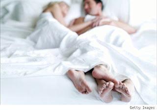abrazos  en la cama
