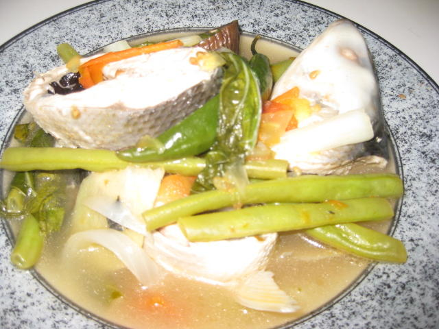 Lomi Noodle Soup | Magluto.com - Filipino Dishes & Recipes |Filipino Soup Dishes