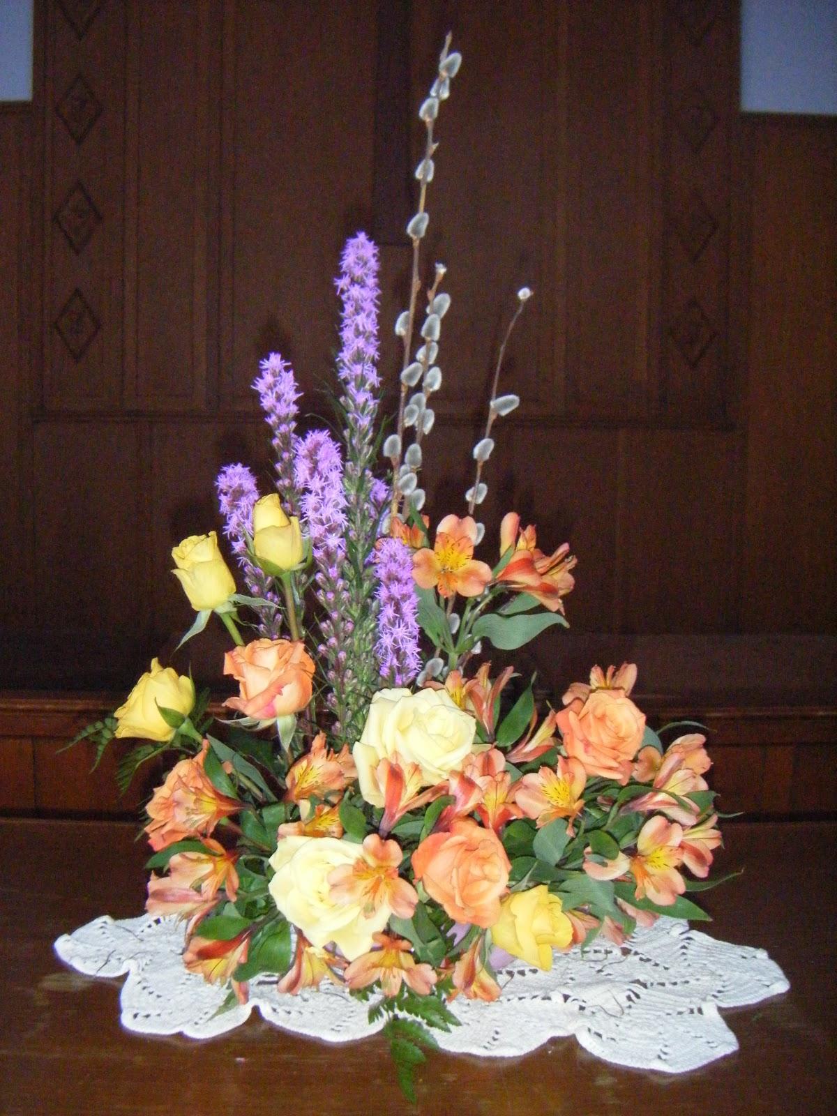Pattie S Floral Design Sunday Service Floral Arrangement
