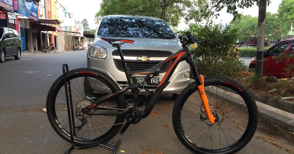 Toko Sepeda Online Majuroyal: Specialized Mountain Bike