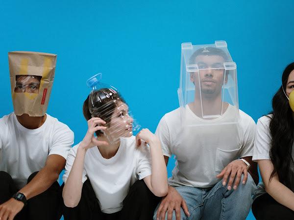 Masken, Kittel, Schutzausrüstung