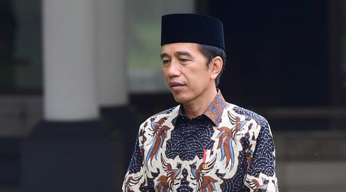 Jokowi Kembali 'Didesak' Mundur, Tagar #PresidenGagalWajibDiganti Trending di Twitter