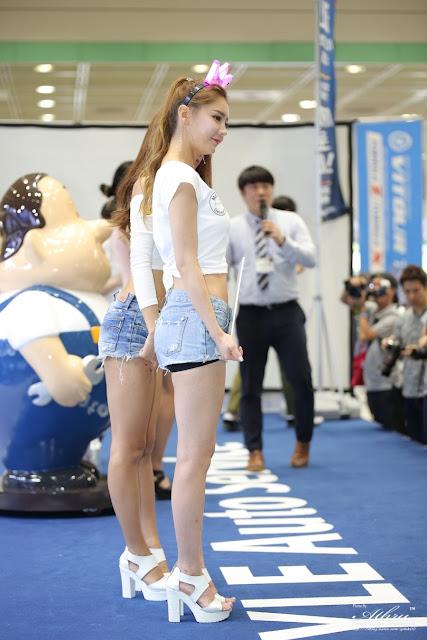 4 Yu Jin - Seoul Auto Salon - very cute asian girl-girlcute4u.blogspot.com