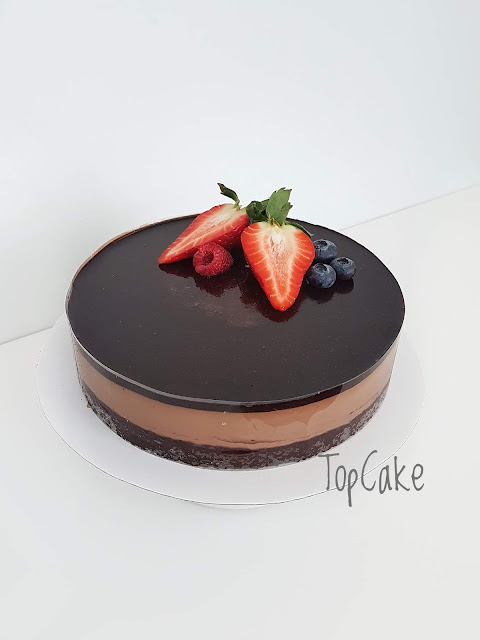 suklaamoussekakku, topcake, suklaa