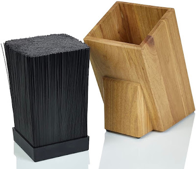 knife block and plastic-rod insert shown side by side