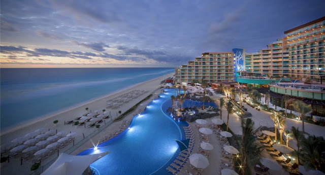 Stay in Hard Rock Hotel Cancun, Mexico, Cancun All Inclusive Resort with the amenities and accommodations for a rockin' vacation trip.