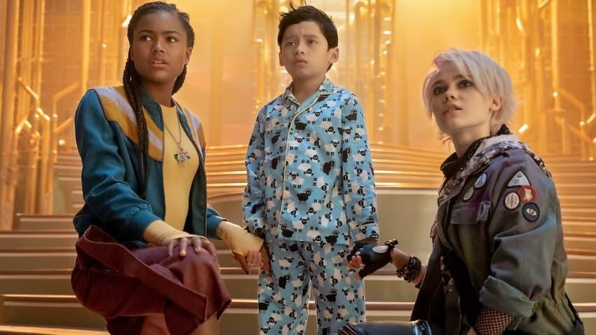 Великая Рэйчел Талалэй сняла для Netflix подростковый хоррор A Babysitter's Guide to Monster Hunting