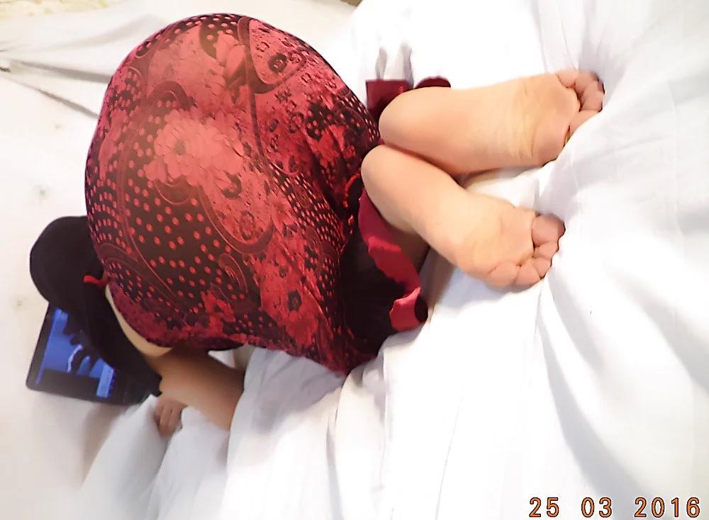 35 foto cewek jilbab bugil telanjang pamer toket dan