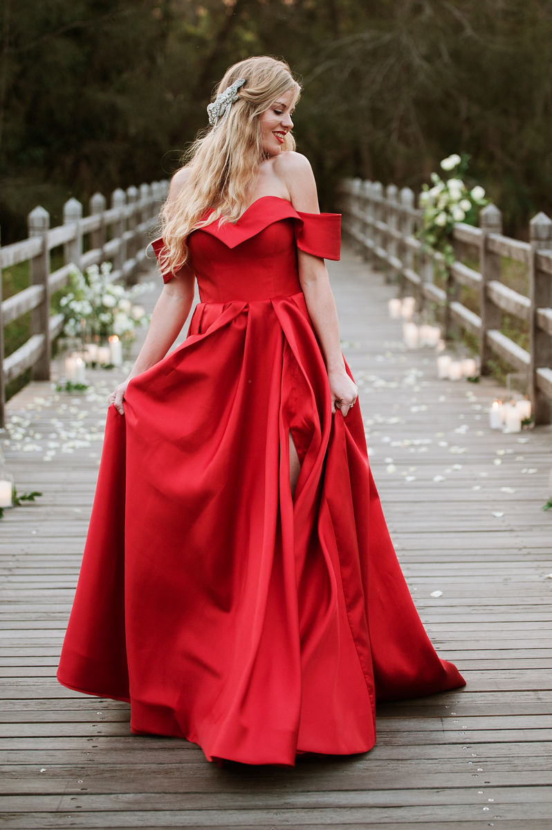 terri hanlon photography red wedding gown christmas shoot sunshine coast brisbane unique wedding dress