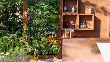 Ideas inspiradoras para crear un pequeño bar en el jardín