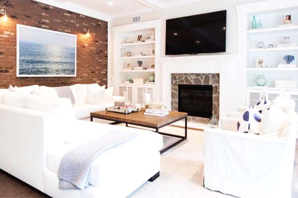 White Living Room Furniture Ideas to Simplify Your Decoration