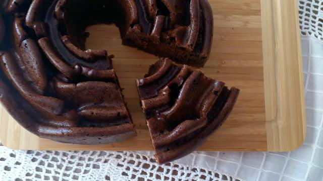 bundt cake bizcocho cake panque berenjena chocolate arandanos diferente original jugoso tierno rico desayuno postre merienda healthy fit saludable casero sencillo horno