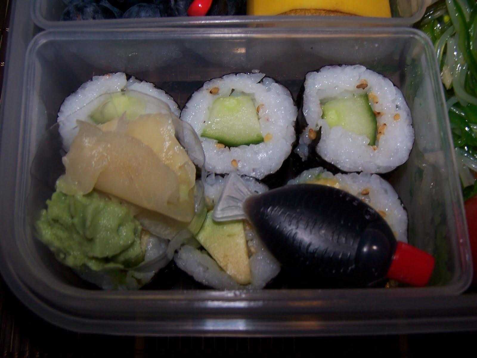 lecker bentos und mehr bento nr 21 algen glasnudel salat mit h hnchen. Black Bedroom Furniture Sets. Home Design Ideas