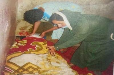 صادم جدا ، بمساعدة الام شقيقة تجهز على شقيقها لسبب تافه