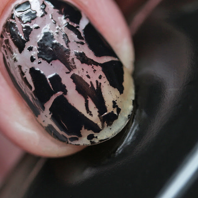 Zoya ZP967 Leopard Spots Topper