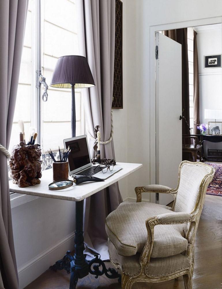 rincon-trabajo-bajo-ventana-estilo-clasico-francés