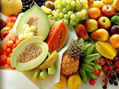 glowing skin naturally by eating fresh fruits and vegetables