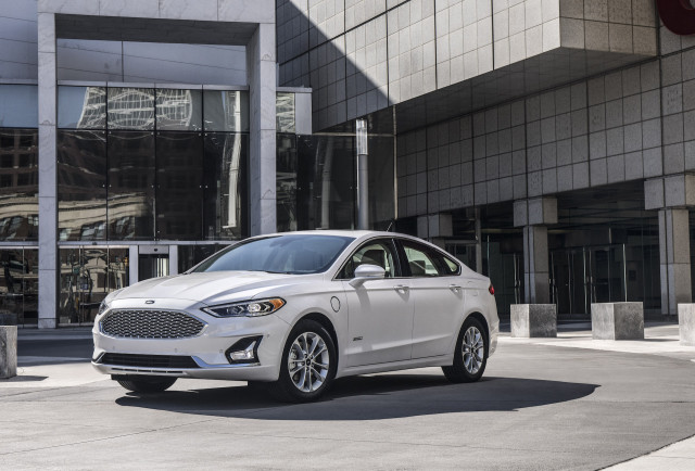 2020 Ford Fusion Review