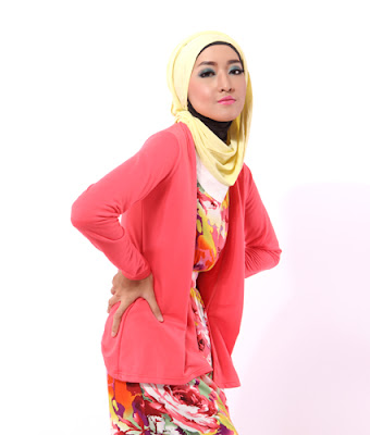 poto model jaket muslimah