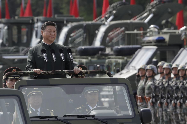 """El régimen de China trabaja en el desarrollo de un arma hipersónica """"capaz de freír los sistemas de telecomunicaciones en 10 segundos"""" alerta el periódico South China Morning Post."""