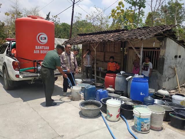 10.000 Liter Air Bersih Disalurkan Ke Desa Bagor