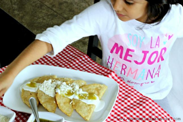 Quesadillas fritas para celebrar el Día del Niño
