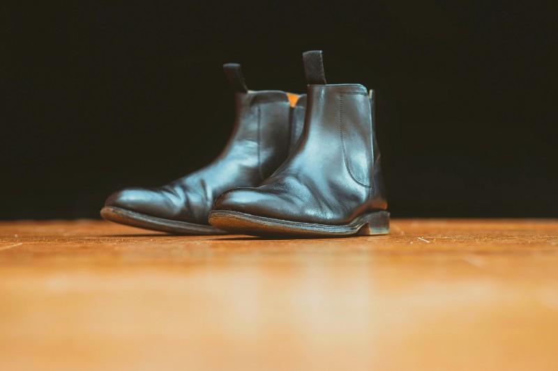 Black color chelsea boots, men's.