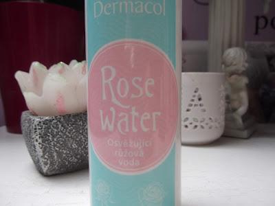 ružová osviežujúca voda Dermacol