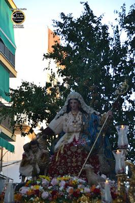 Divina Pastora de Capuchinos en procesión