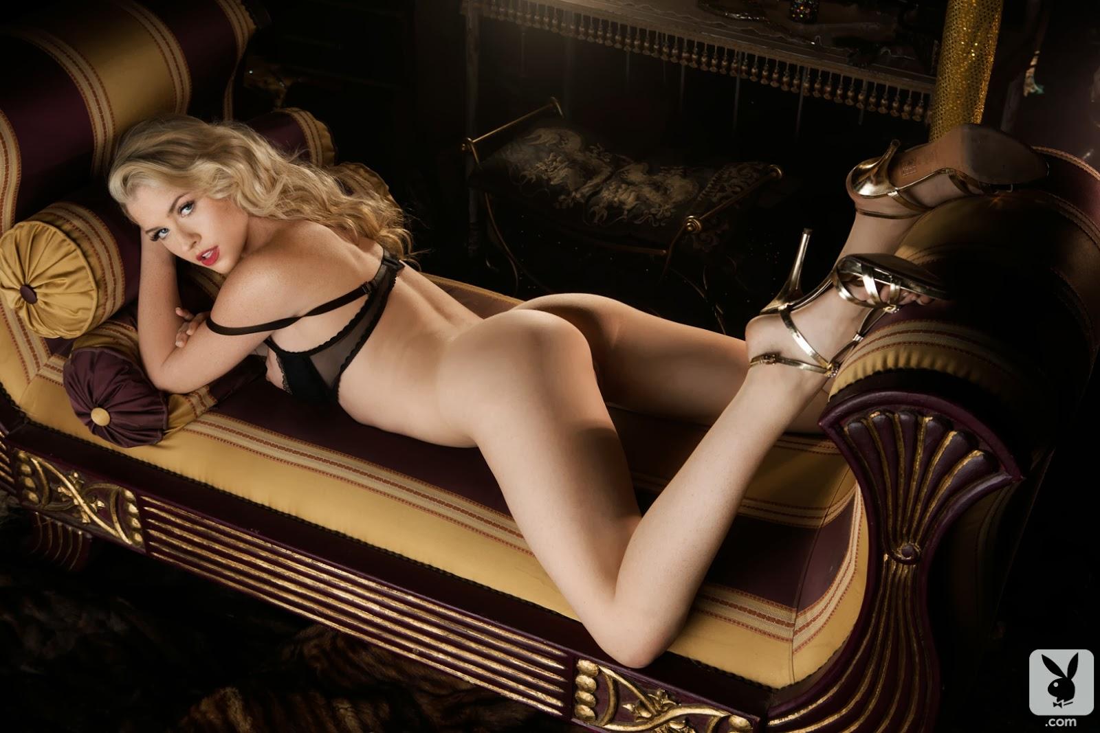 Playboy playmate november rachel harris painting in nude 2