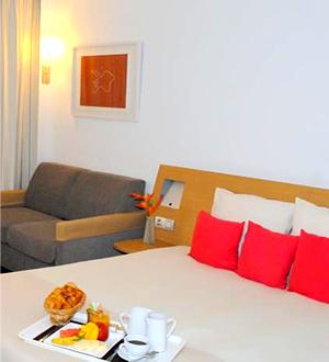 Novotel Accra City Hotel Standard Room