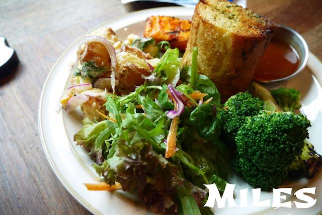 【首爾美食】PIG IN THE GARDEN SALAD for MEAL @汝矣島上超好吃的沙拉蔬菜輕食