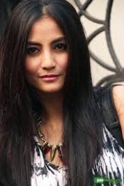 Biodata Natasha Dewanti