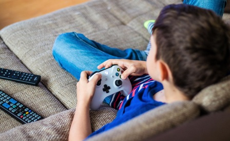 Kecanduan Game (Pengertian, Ciri, Aspek, Penyebab dan Dampak Negatif)