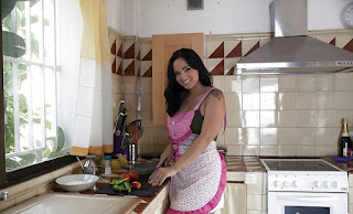 Claudia Bavel Pornstar-Doggystyle-hot-blowjob-latina-brunette