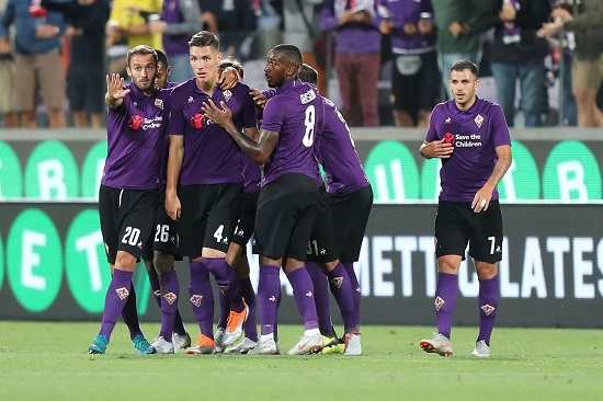 đội bóng áo tím đang dẫn đầu Serie A