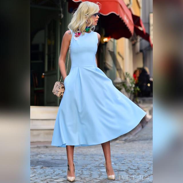 Αμάνικο μίντι γαλάζιο φόρεμα MONICA SKY