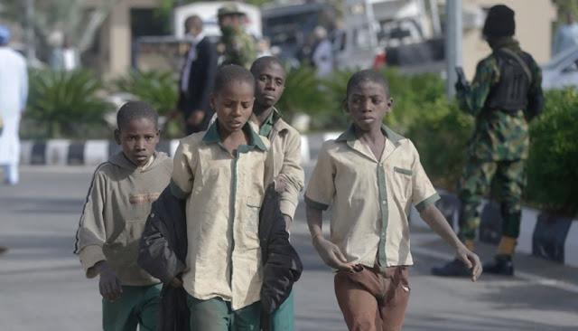 Escolares liberados llegan a Katsina