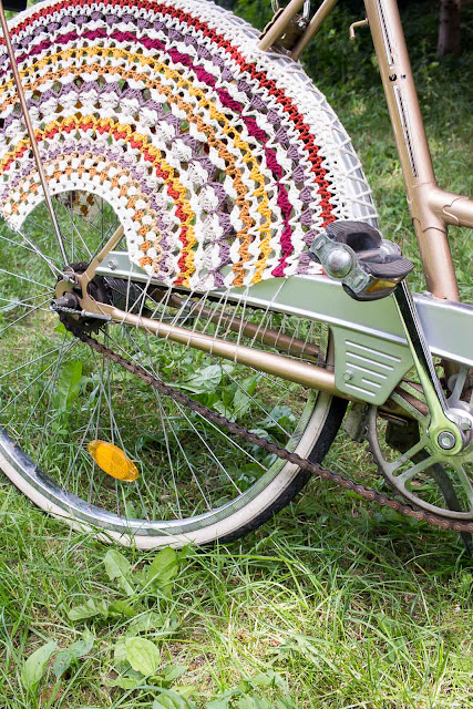 Gehäkeltes Fahrradnetz selbermachen - Anleitung von Mollie Makes Issue 41