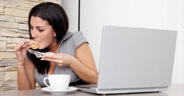 Formas de perder peso sin pararte de la silla en la oficina