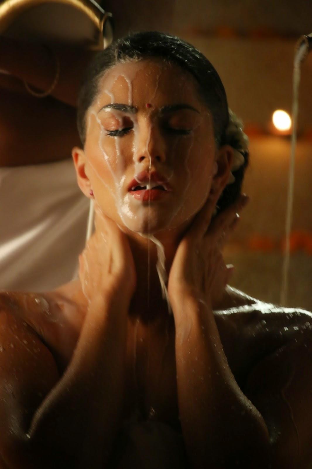 Sunny Leone HOT Milk Bath Making Ek Paheli Leela : Indu